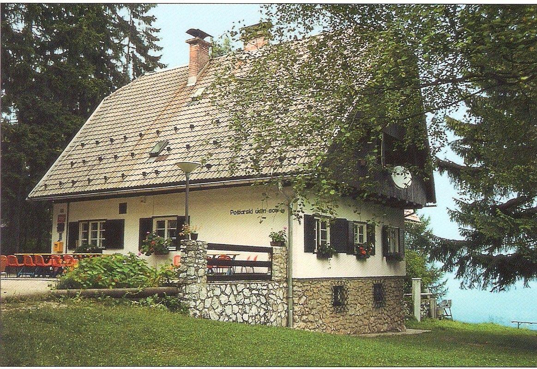 http://shramba.lovrenc.net/zomaster/klepet/prenovljen-postarski-dom.jpg